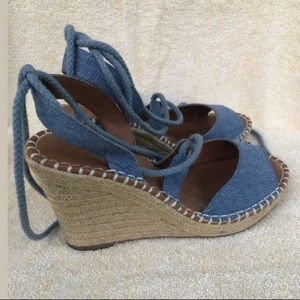 Rampage, women sandals platform. Size 8 Pre-owned.